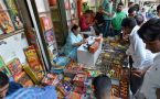 Fire cracker Ban in Delhi : Traders don't want Modiji's 'Ache Din'