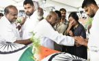 Deve Gowda, Kumaraswamy & Rajinikanth pay tribute to Ambareesh
