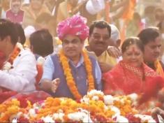 Rajasthan Election 2018: Nitin Gadkari, Vasundhara Raje conduct roadshow