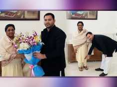 Election 2019 : Tejashwi Yadav predicts BJP's Whitewash after meeting Mayawati