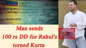 Rahul Gandhi recieves Rs 100 DD from a man to repair his torn Kurta
