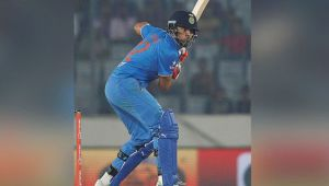 ICC Champions trophy:  Yuvraj Singh steals show with a superb six against South Africa