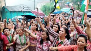 Gorkhaland struggle: Women out on streets protesting for separate state