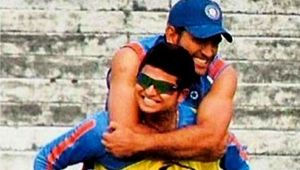 Suresh Raina describes MS Dhoni in one word