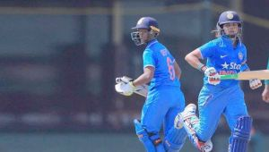 ICC Women World Cup : India wins toss and elects to bat first, eyes for another win