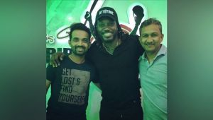 Indian team attend dinner hosted by Chris Gayle
