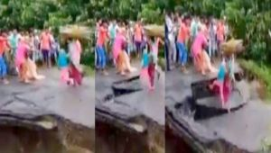 Bihar Flood : Family of 3 drowns after bridge collapse, Watch Video