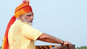 Independence Day 2017 : Kashmir issue will be resolved with hugs not bullets : Modi