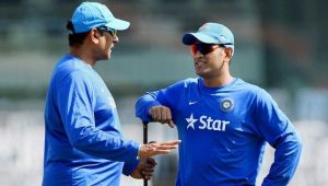 MS Dhoni lauded by Ravi Shastri