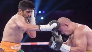 Vijender Singh defeats Chinese Zulpikar Maimaitiali to win 9th consecutive match