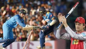 MS Dhoni completes 100 stumping in ODI, Gilchrist congratulates him on twitter