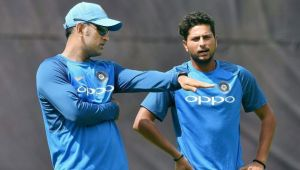 India vs Australia 1st ODI: Dhoni's instructions to spinners change the game