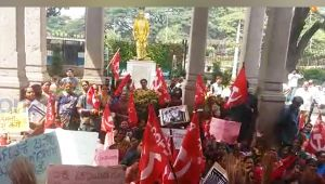 BBMP sanitation workers protest over harassment and demanding pending wages
