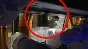 India vs Australia 2nd T20 match : Aussies team bus attacked in Guwahati