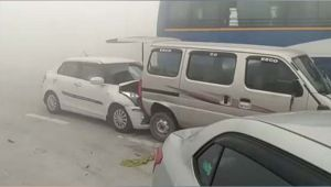 Noida  Agra Expressway witness huge pile up of cars due to fog, Watch Video