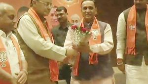 Vijay Rupani to continue as Gujarat Chief Minister, Nitin patel to be Deputy CM