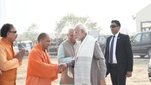 PM Modi praise UP CM Yogi Adityanath for coming to Noida and breaking superstition, Watch