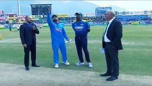 India vs SL 1st ODI : Visitors wins toss, Men in Blue to bat first