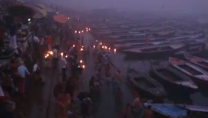 Makar Sankranti : People take holy dip in Ganga River in Varanasi, Watch