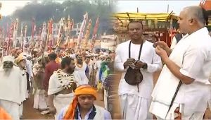 Maha Shivratri: Saints take out 'Shobha Yatra' at the banks of Mahanadi in Chhattisgarh