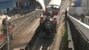 Himachal Pradesh : Steam Railway Engine aging 112-year-old attracts global tourist