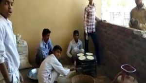 Madhya Pradesh: Tribal students forced to make chapatis in hostel