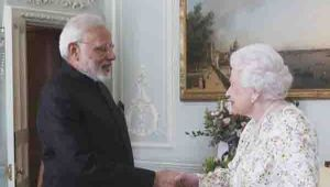 PM Narendra Modi meets Queen Elizabeth at Buckingham Palace; Watch Video