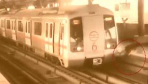 Delhi Metro: Narrow escape for Man who tries to cross track; Watch Video