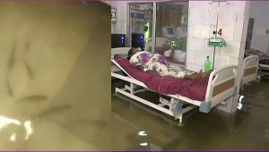 Fish swims in Patna's Waterlogging ICU, Difficult situation for Patients