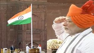 PM Modi unfurls the Tricolour flag at Red Fort on 72nd Independence Day