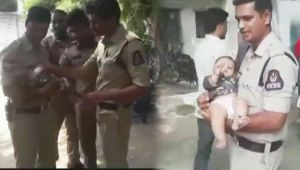 Hyderabad : Telangana Police Babysits Kid while Mother appears for Exam