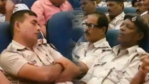 Police Officers SPOTTED SLEPPING during briefing session; Watch Video
