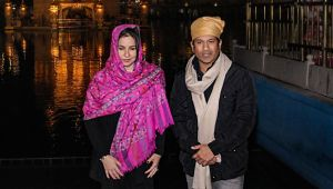 Sachin Tendulkar offer prayers at Golden Temple