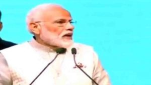 PM Modi promises Collateral free loan up to Rs. 50 Lakh to National Traders