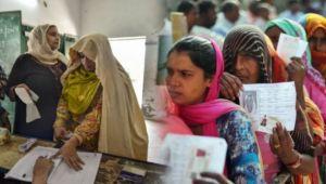 Lok Sabha Election 2019 : Second Phase Voting in 95 Seats Begins