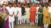 Uddhav Thackeray, 18 Sena MPs visit Ayodhya, says,'temple will be constructed at the earliest'