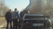 Man goes after fellow-driver with baseball bat to teach a lesson but then something funny happened