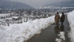 For fourth day, snow disrupts life in Kashmir; Highway shut
