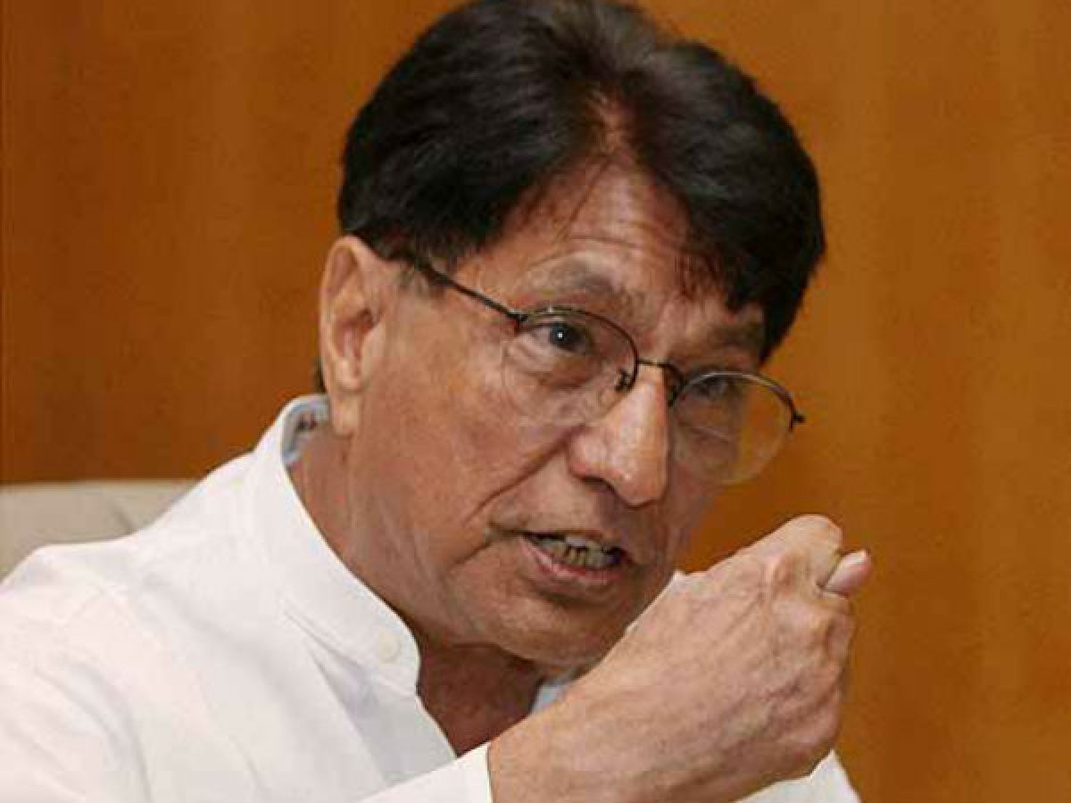 Where is Ajit Singh living after eviction from government bungalow? - Oneindia News