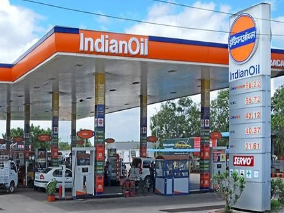 You can get up to 5 litre petrol FREE in any Indian Oil outlet: Here's how - Oneindia News