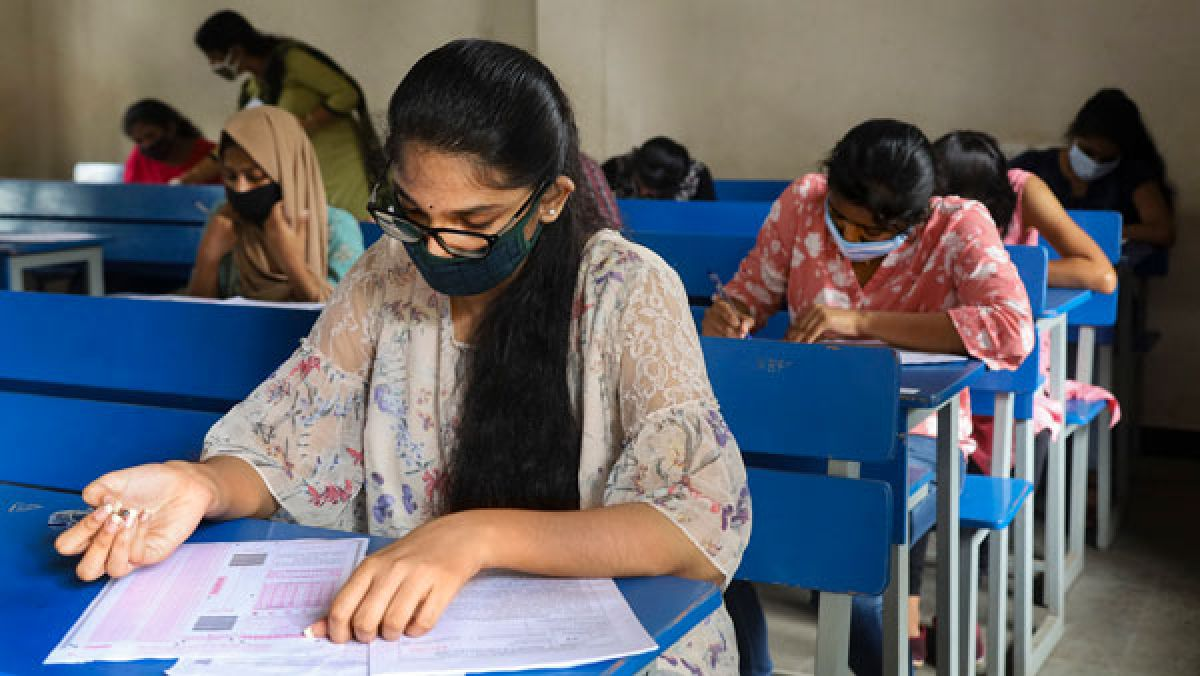 JEE Main April-May likely to be held in July-Aug and NEET may be held in September