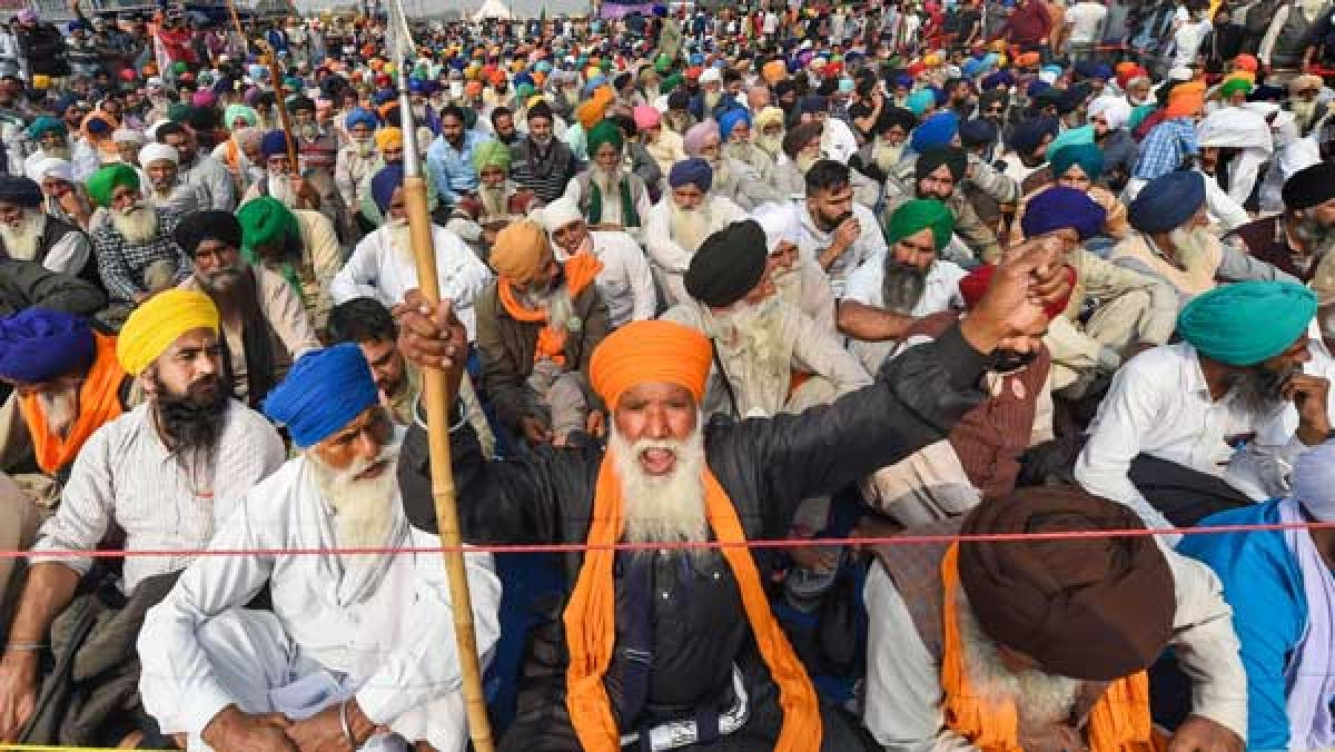 Will file affidavit and place IB records: AG to SC on banned outfits  infiltrating farmer protests - Oneindia News