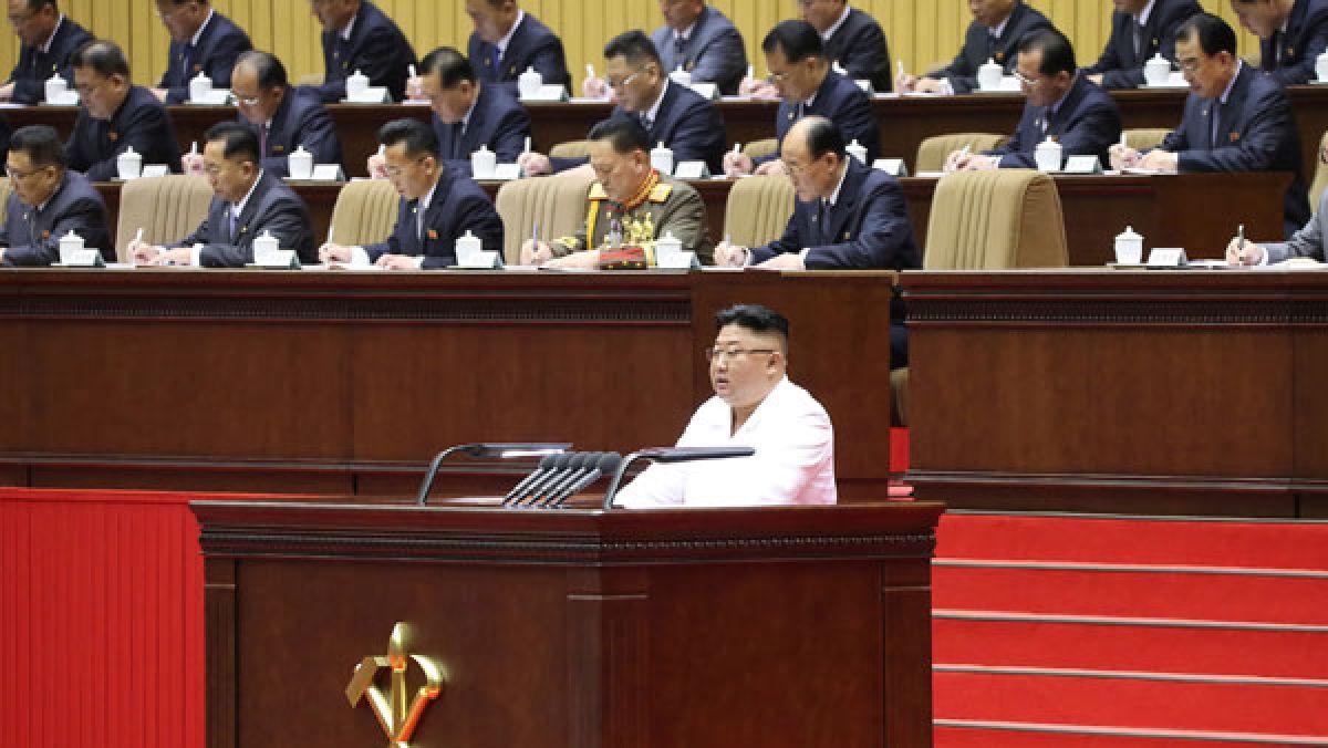 """Facing """"worst-ever situation,"""" saying Kim Jong Un"""