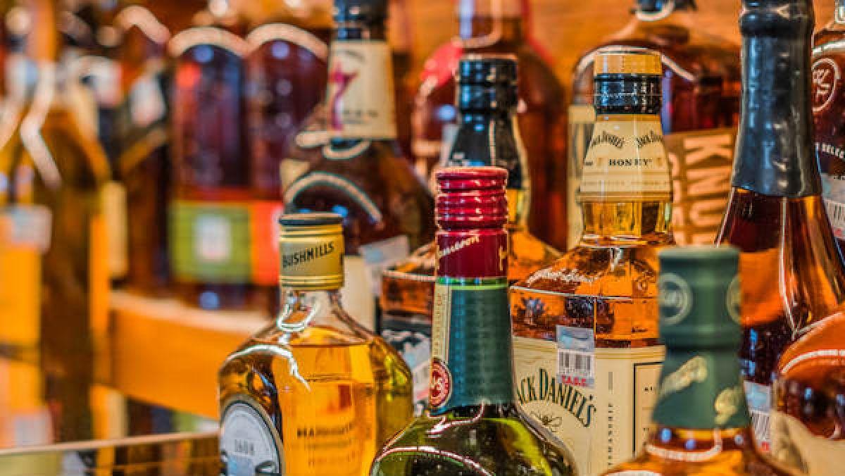 Chhattisgarh govt allows home delivery of liquor amid criticism