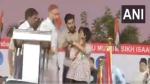 Right-wing group activist announces Rs 10 lakh bounty to kill Amulya Leona for pro-Pak slogan