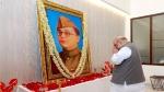 Shah pays tributes to Netaji Bose
