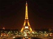 Eiffel Tower evacuated following al-Qaeda bomb threat
