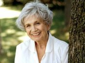 Canadian author Alice Munro wins Nobel literature prize