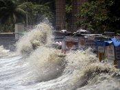 Tidal waves breach embankments, inundate crops in Kendrapara