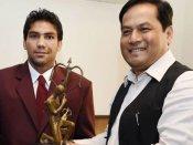 Denying Arjuna to boxer Manoj Kumar initially was mistake: Govt